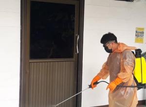 โรงเรียนหอพระ อำเภอเมือง จังหวัดเชียงใหม่ ได้ฉีดพ่นน้ำยาฆ่าเชื้อในสถานศึกษา